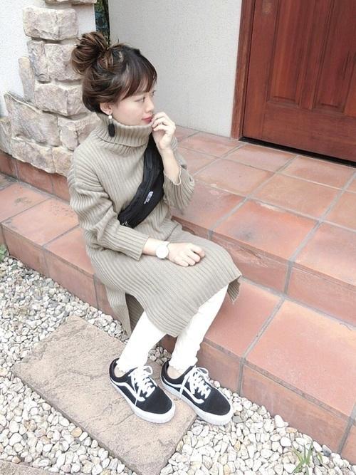 ニットワンピース 靴 コーデ