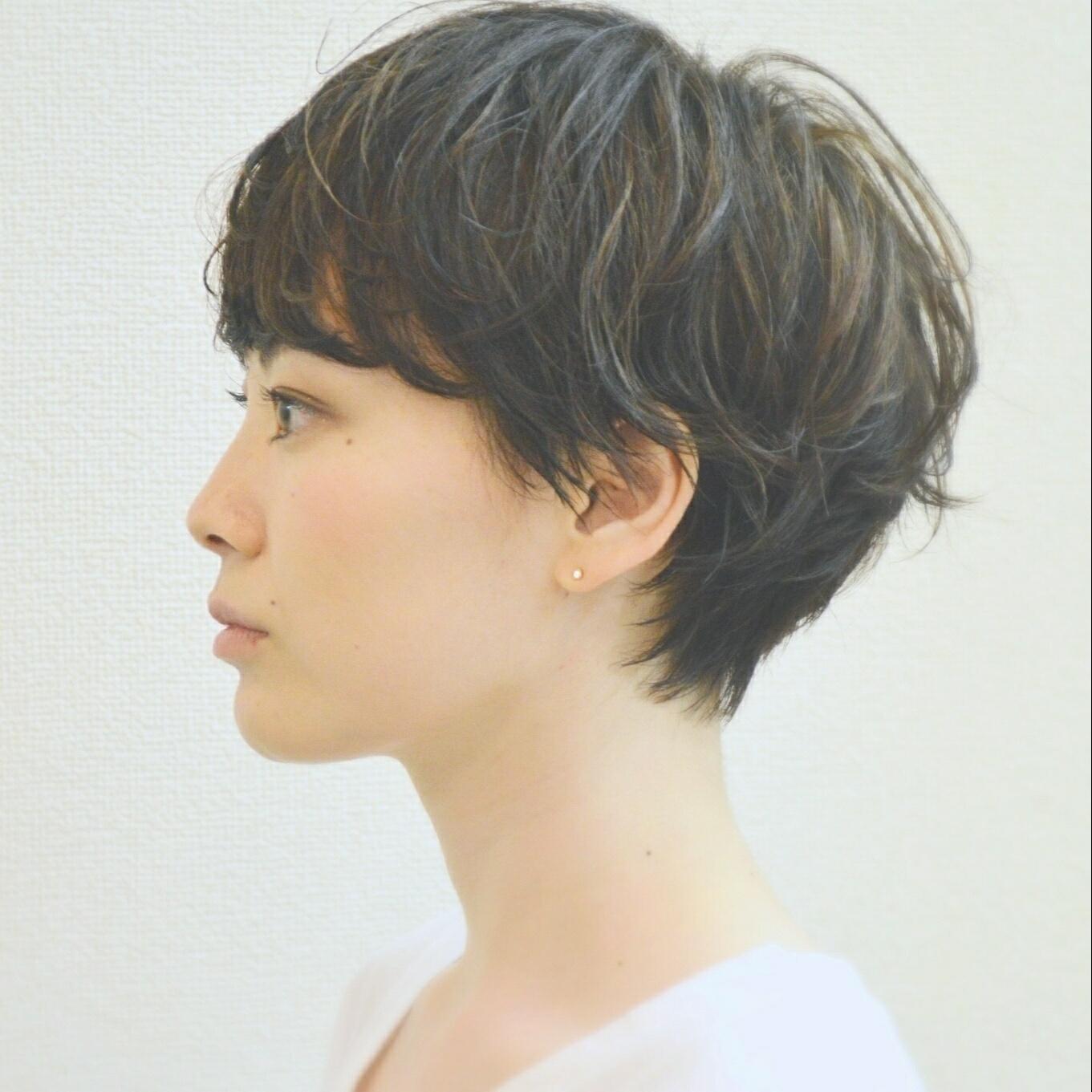 髪型 襟足長め 女