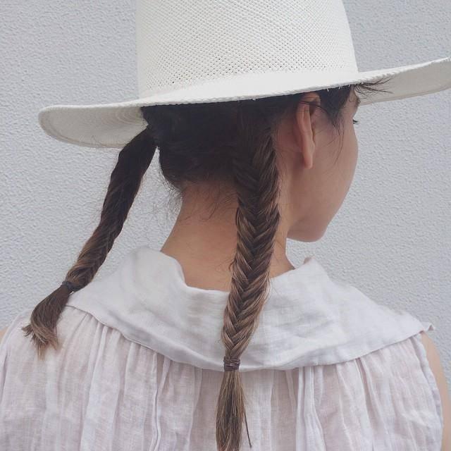 ロングヘアの人必見☆ハットヘアアレンジのアイディア12選の画像