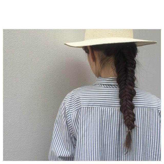ロングヘアの人必見☆ハットヘアアレンジのアイディア12選の10枚目の画像