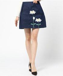 春のトレンドでモテコーデ!刺繍入りのスカートを上手に着こなそう♪