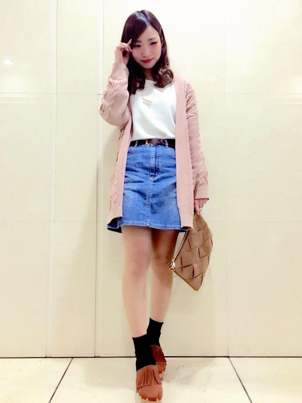 絶対可愛くなれる♡デニムスカートで作る春本番コーデ集 | ARINE ...