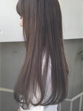 湿度の高い時期こそ!アイロンで作れるサラサラ美髪ストレート♡の画像