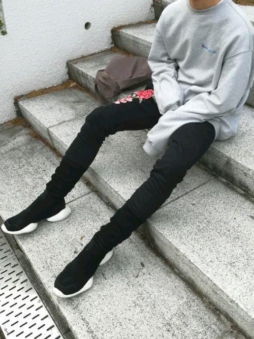 【黒スキニー】メンズのストリート系ファッション8選をご紹介