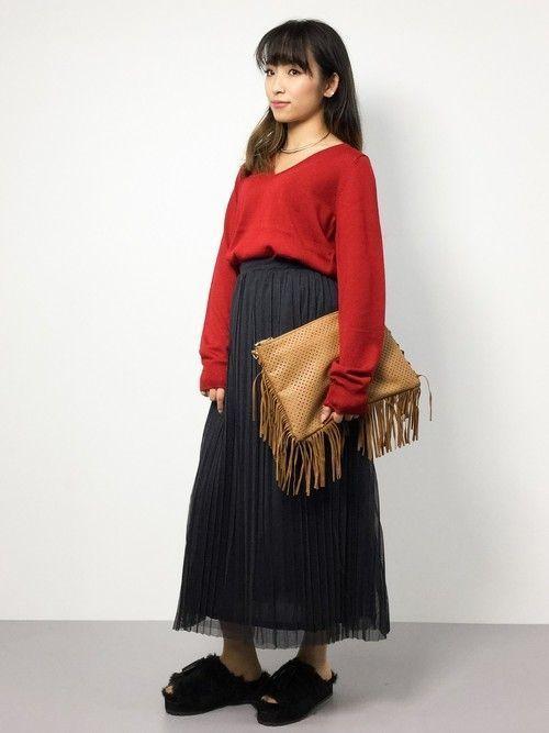 レディースの秋服は落ち着いたカラーを使ったコーデがしたくなりますよね♪秋服トレンドアイテムをいち早くゲットしておしゃれコーデを楽しんでください♪