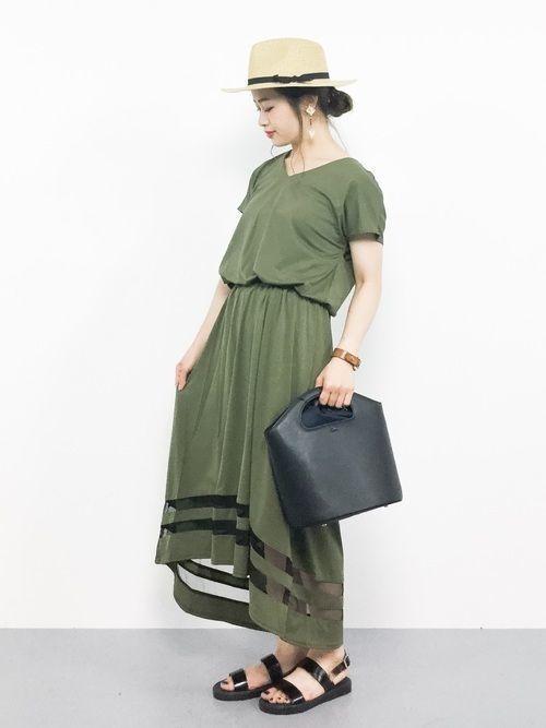 f7cb53edac548 くすんだ色のお洋服が大人っぽくてかわいい!特に、カーキはスカートにもデニムにも似合う色なので、着回しをするときには1枚あるととても便利なんです♪
