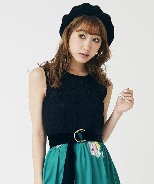 51660df1a2b9f 「SWEET CUTE」がブランドテーマ。そのテーマ通り、ガーリーでお嬢様雰囲気の洋服ばかりです♡ 甘めのテイストのものが多いですが、甘いだけじゃない。