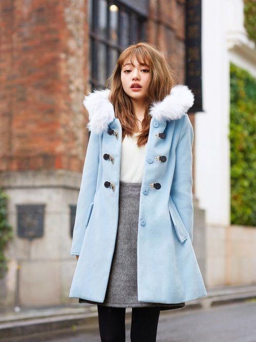 今年の冬は、フェミンなAラインコートでみんなの視線を独り占め♡の1枚目の画像