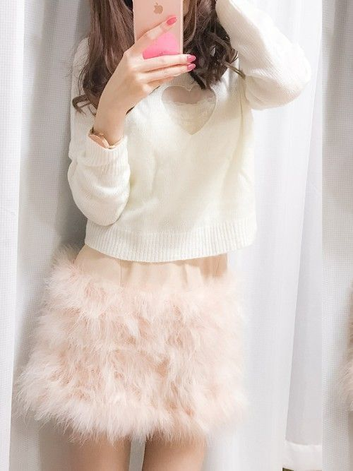 冬に着たい♡ふわふわかわいいファースカートコーデ特集