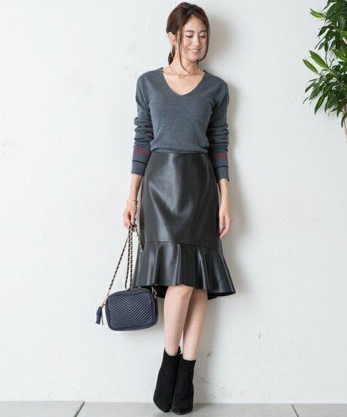 レザータイトスカートで秋冬コーデがしまる!の5枚目の画像