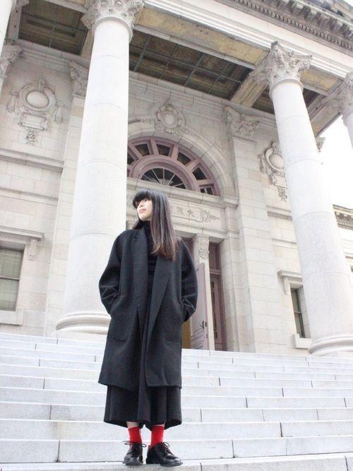 寒くなるこの季節に着たい♡ダサ見えしない冬の靴下コーデ10選の9枚目の画像