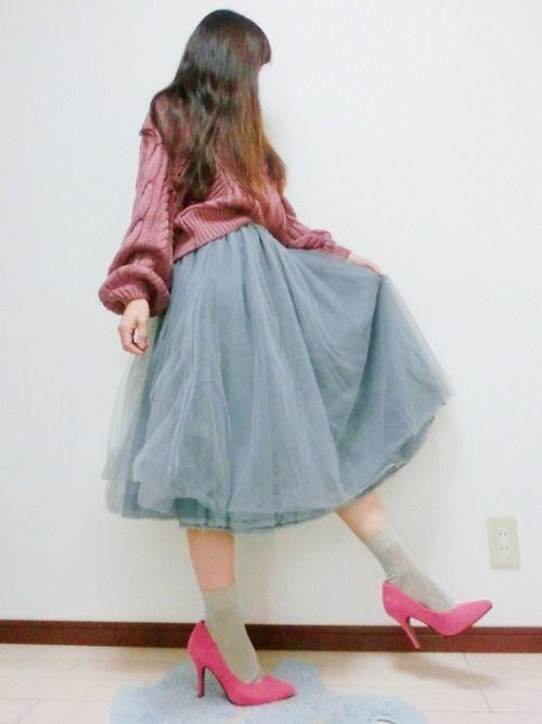 寒くなるこの季節に着たい♡ダサ見えしない冬の靴下コーデ10選の4枚目の画像