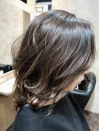女性 ウルフ 代 カット 50 【2021年春夏】ウルフカットの美しいくびれヘアで軽やかな印象に|ウルフカット