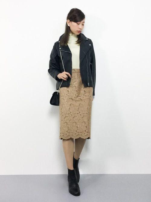 オフィスだって色っぽくいたい♡レースタイトスカートのコーデ紹介の8枚目の画像