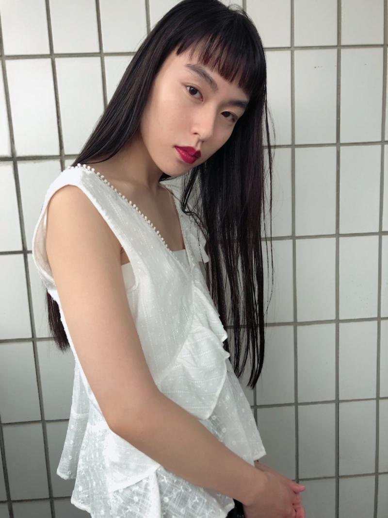 黒髪ロングを透明感たっぷりに見せる方法♡今、試したいヘアカタログ