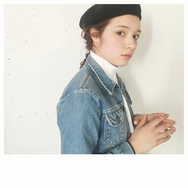 【ロング向け】ベレー帽をもっとおしゃれに見せるヘアアレンジ10選