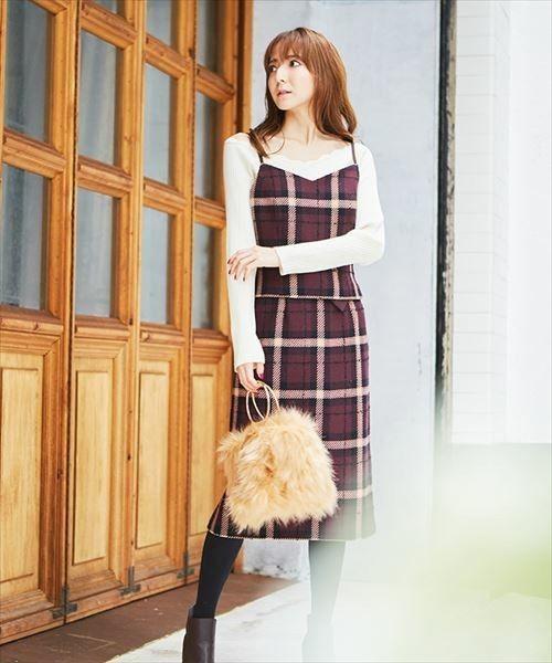 秋→冬へ!ワードローブの常連「チェックタイトスカート」コーデ総覧の8枚目の画像