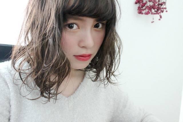 ミディアムのヘアカラーなら【グラデーション】おすすめスタイル9選