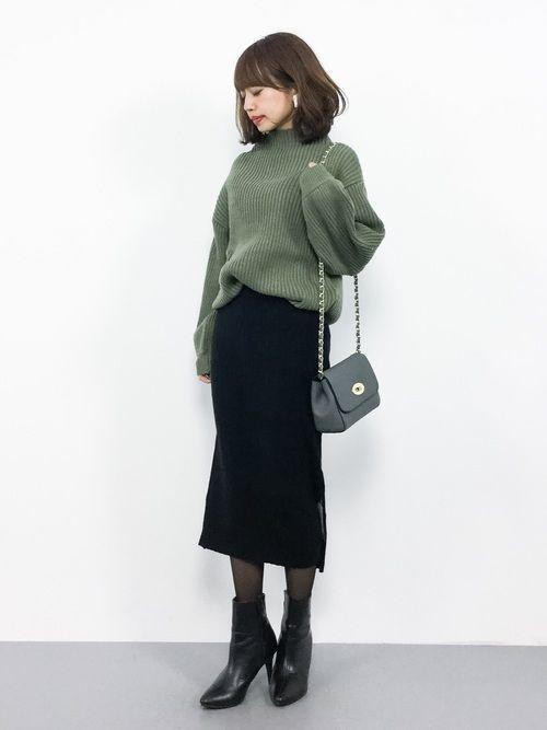 【保存版】スタイルアップを叶えるスウェットタイトスカートコーデ♥の7枚目の画像