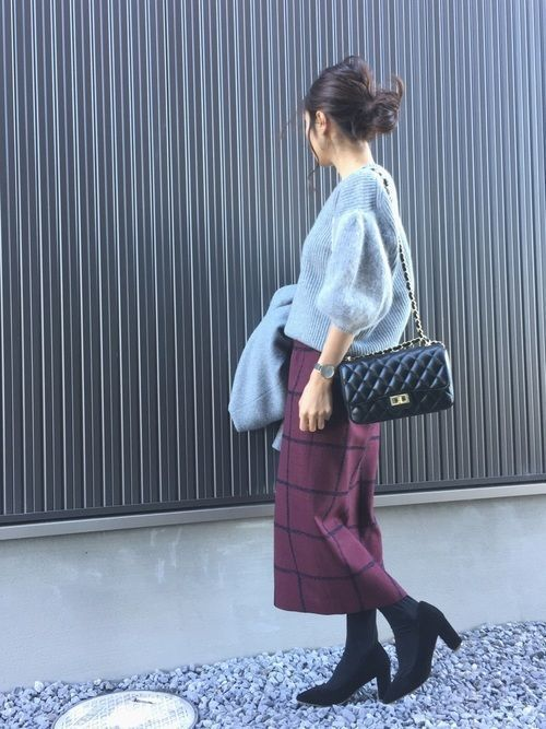 【保存版】スタイルアップを叶えるスウェットタイトスカートコーデ♥の8枚目の画像