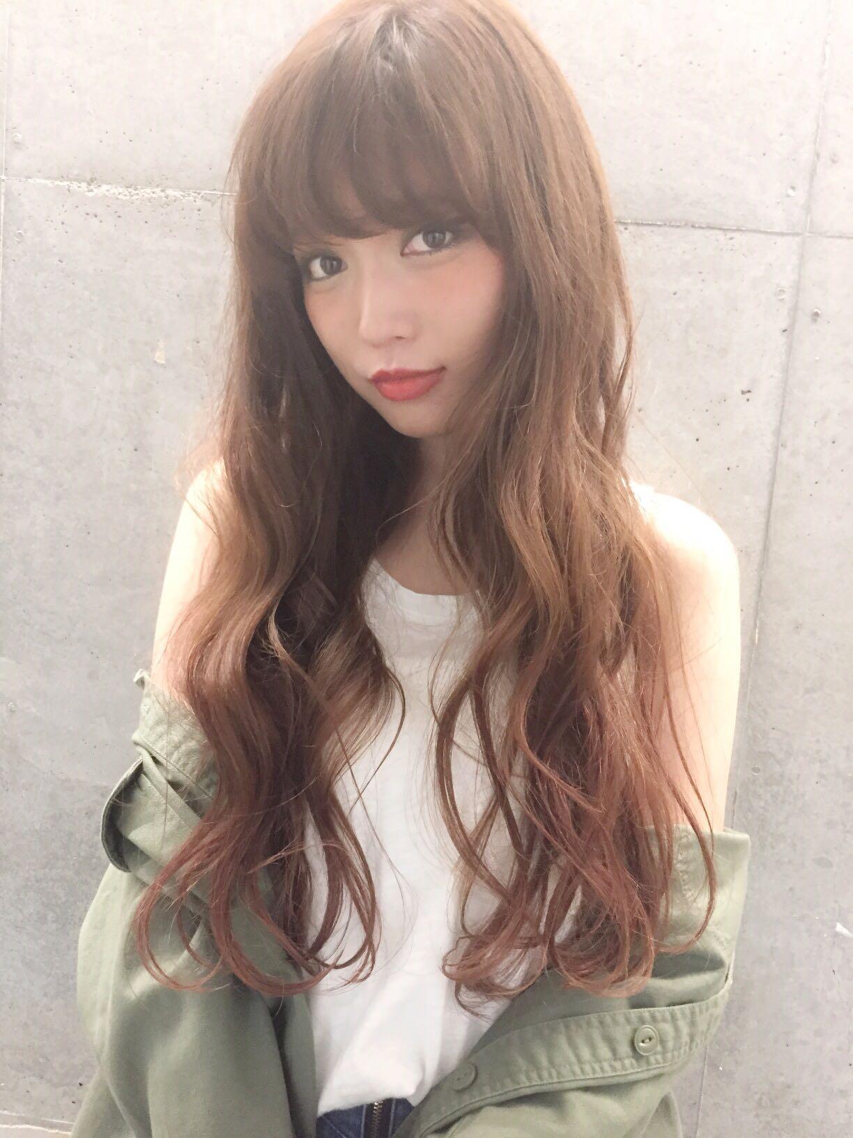 ミルクティーブラウンでブリーチなしでもかわいい髪色に♡の1枚目の画像