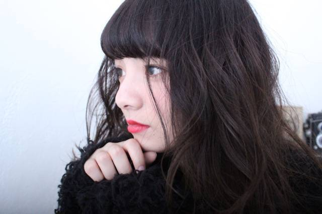 【黒髪セミロング】のヘアスタイルを顔型・前髪・パーマに分けて紹介