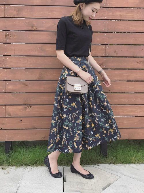 aeebd8922565f 花柄スカートは女の子の味方♡2019春夏秋冬おすすめコーデ13選