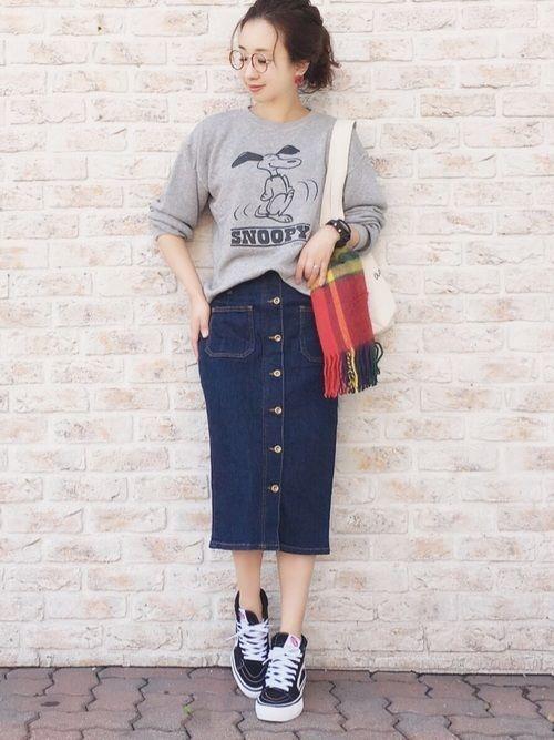 デニムタイトスカート1枚あればイットガールに♡おしゃかわコーデ♡