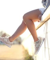 【レディース】ニューバランスのスニーカーでこなれ感を出してみて♡