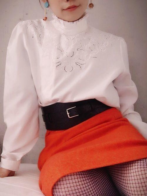 【旬ビタミンカラー】オレンジスカートの着こなしコーデ大特集!の1枚目の画像
