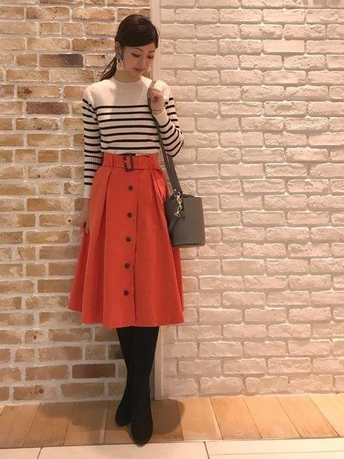 【旬ビタミンカラー】オレンジスカートの着こなしかたをレクチャー!の4枚目の画像