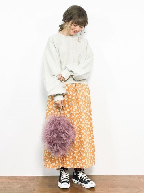 【旬ビタミンカラー】オレンジスカートの着こなしコーデ大特集!の5枚目の画像