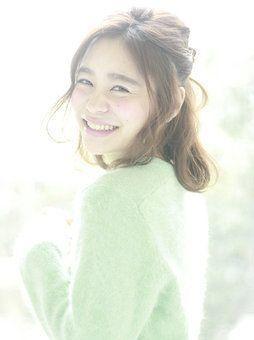 女子の味方ハーフアップ!かわいさアップの秘密は三つ編みアレンジ♡の6枚目の画像