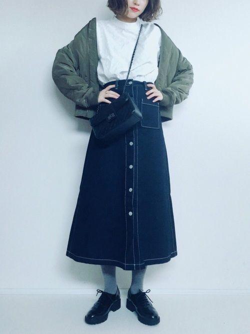 ロング【デニムスカート】で女っぽさを狙う♡カジュアル美人コーデの1枚目の画像
