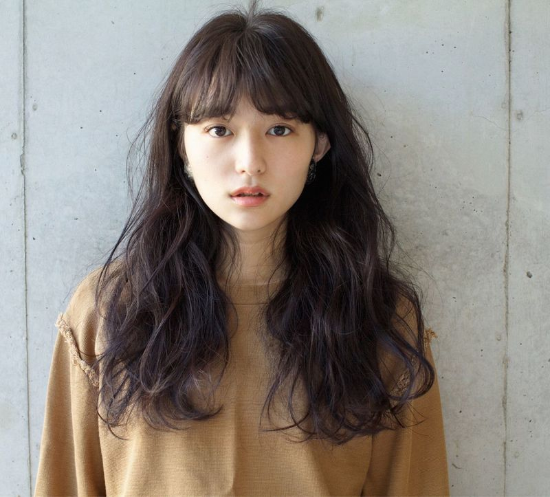 【レングス別】小顔に見える髪型を研究!輪郭カバーする小顔ヘア特集