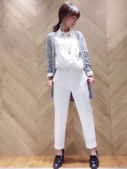着こなしが難しい?【白シャツ】でセンスの光るレディースコーデを♡の16枚目の画像