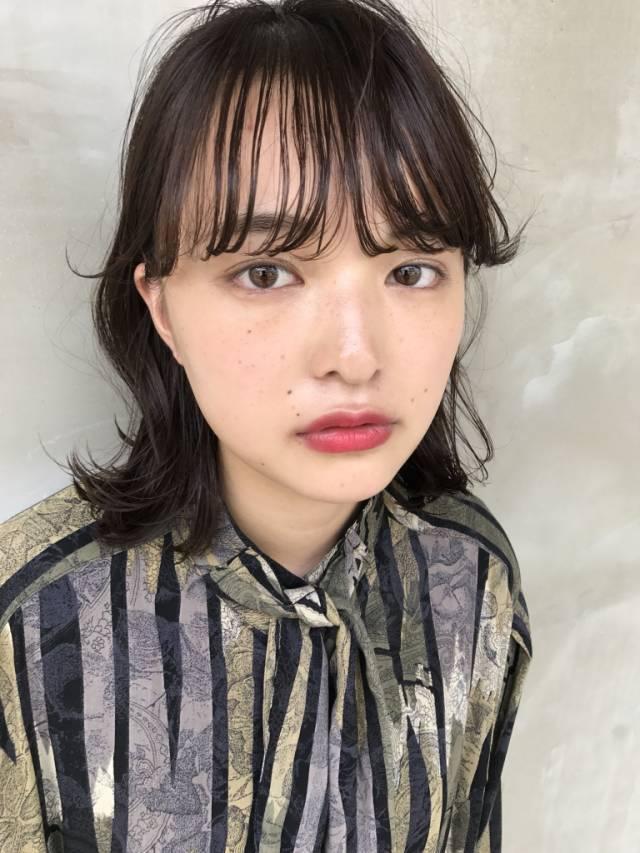 愛され恋叶ヘア♡ひし形ミディアムとは?作り方とおすすめスタイルの5枚目の画像