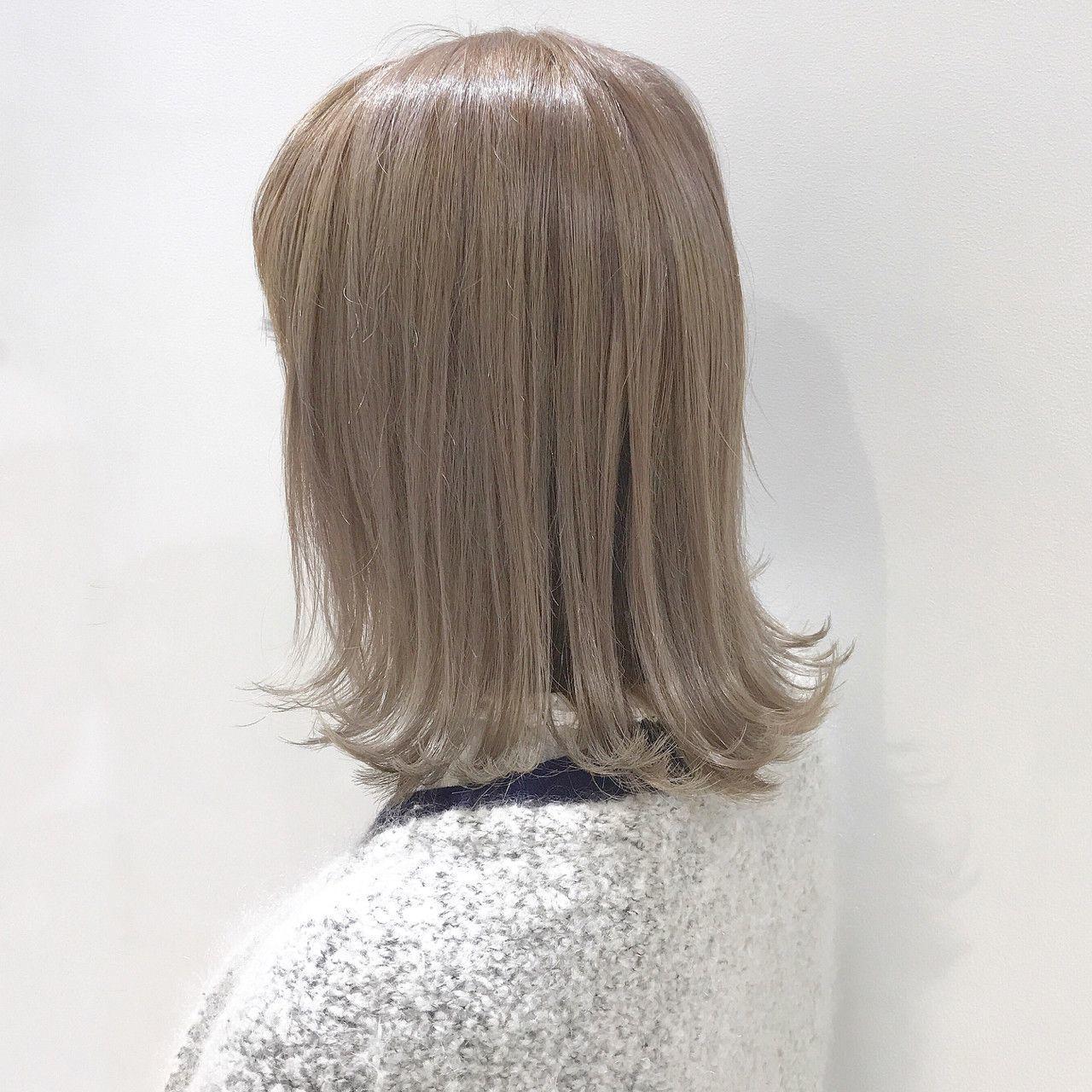 そんな方には、パープルカラーをことりベージュに合わせることで、やや白っぽくなり、透けるようなヘアカラーをゲットすることができます。