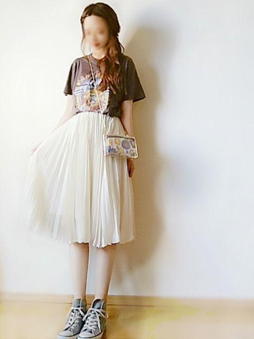 媚びないスタイルが人気♡甘辛コーデで楽しむファッションの7枚目の画像
