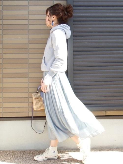 今日のあの子可愛くない?ユニクロのプリーツスカート着まわし術♡の4枚目の画像