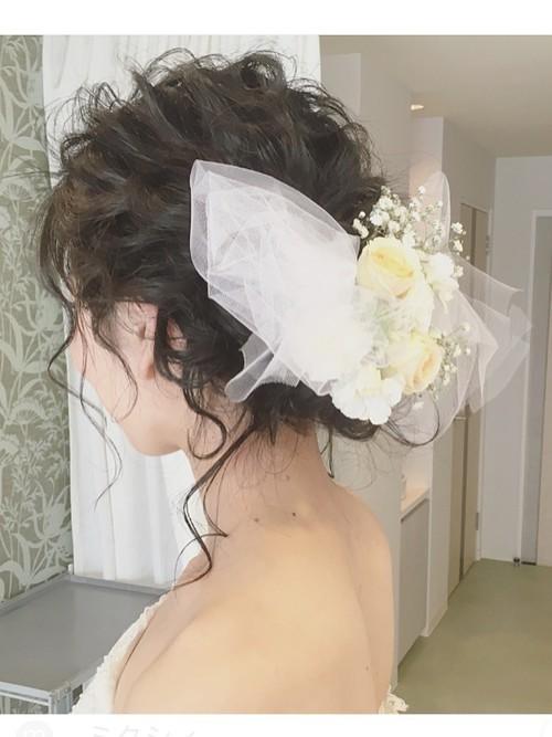 【ヘッドアクセ10選】ブライダルヘアには心ときめく特別なものを♡