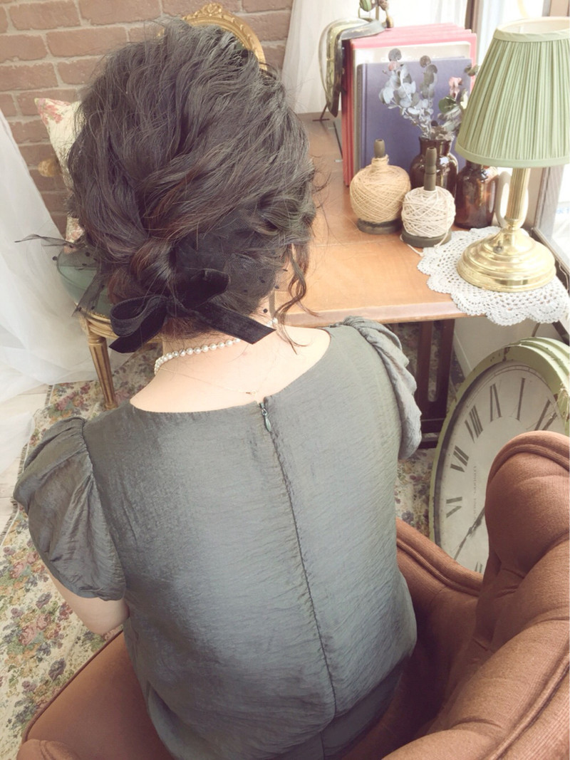 【ショートヘア×ピアス】が恋を呼ぶ?結婚式のブーケを私の元に…♡