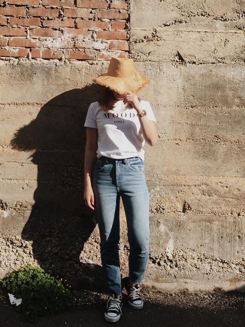 サイズ感がカギ!?Tシャツで作るおしゃれなレディースコーデ♡の12枚目の画像