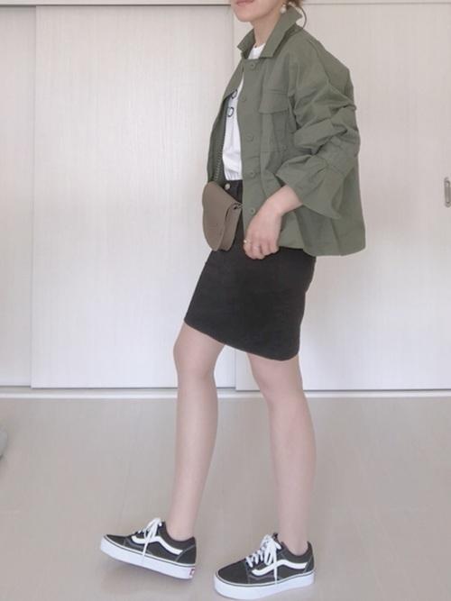 着回しやすさ◎【黒タイトスカート】でつくる春夏秋冬コーデ大特集♡