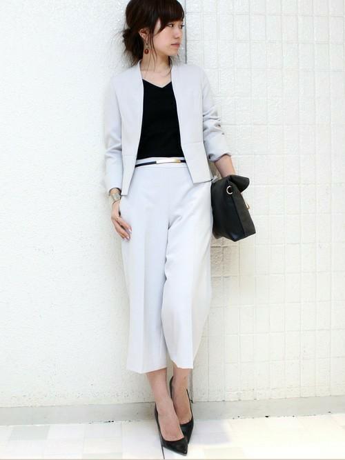 憧れの大人の女性への1歩♡レディースのパンツスーツをcheck!
