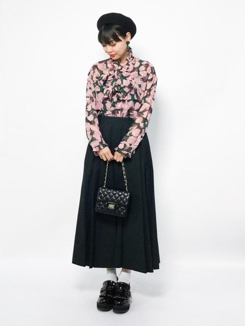 年中使える♡大人コーデは春夏秋冬【黒ロングスカート】にお任せ♪の6枚目の画像