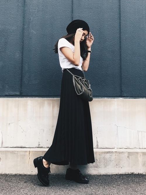年中使える♡大人コーデは春夏秋冬【黒ロングスカート】にお任せ♪の2枚目の画像