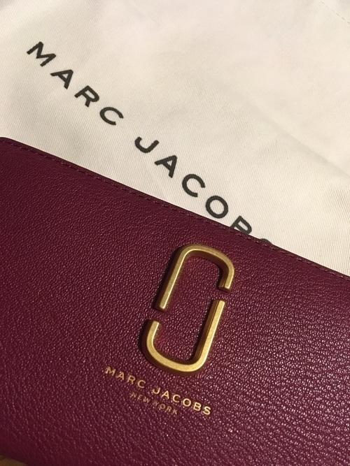 上品で刺激的♡ MARC JACOBSの財布がかわいいんです!