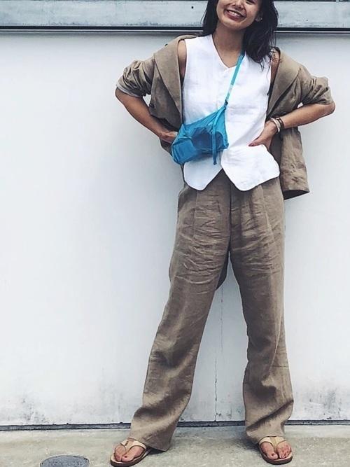 人気のリネン生地♡シャツからセットアップまでおしゃれコーデ特集♡の5枚目の画像