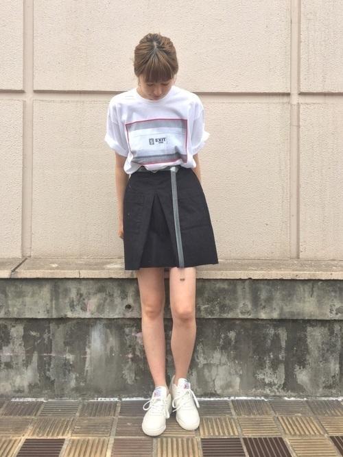 短い、を履きこなしたい女子集合!ミニスカートはこう履くのが正解♡